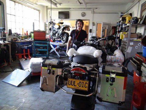 Alistando la moto