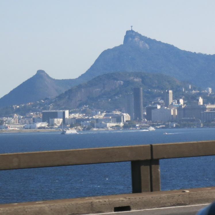 Corcovado desde el puente Rio-Niteroi