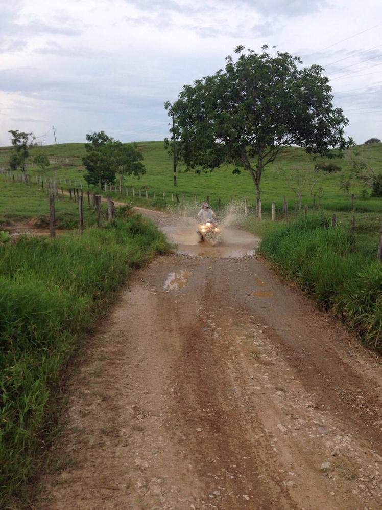 Camino al Rio Cocorná