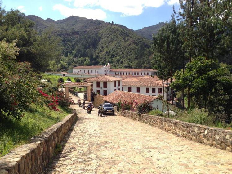 Entrada al Monasterio de La Candelaria