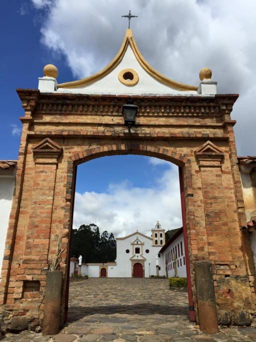 Portal del Monasterio