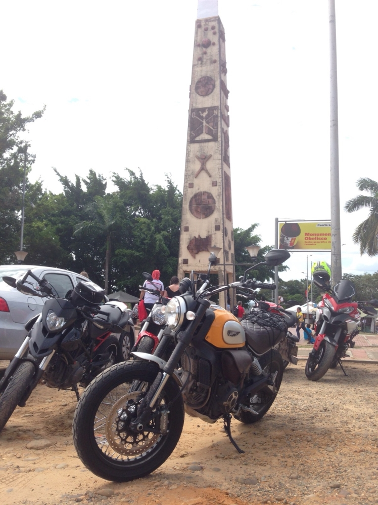 Obelisco Ducati
