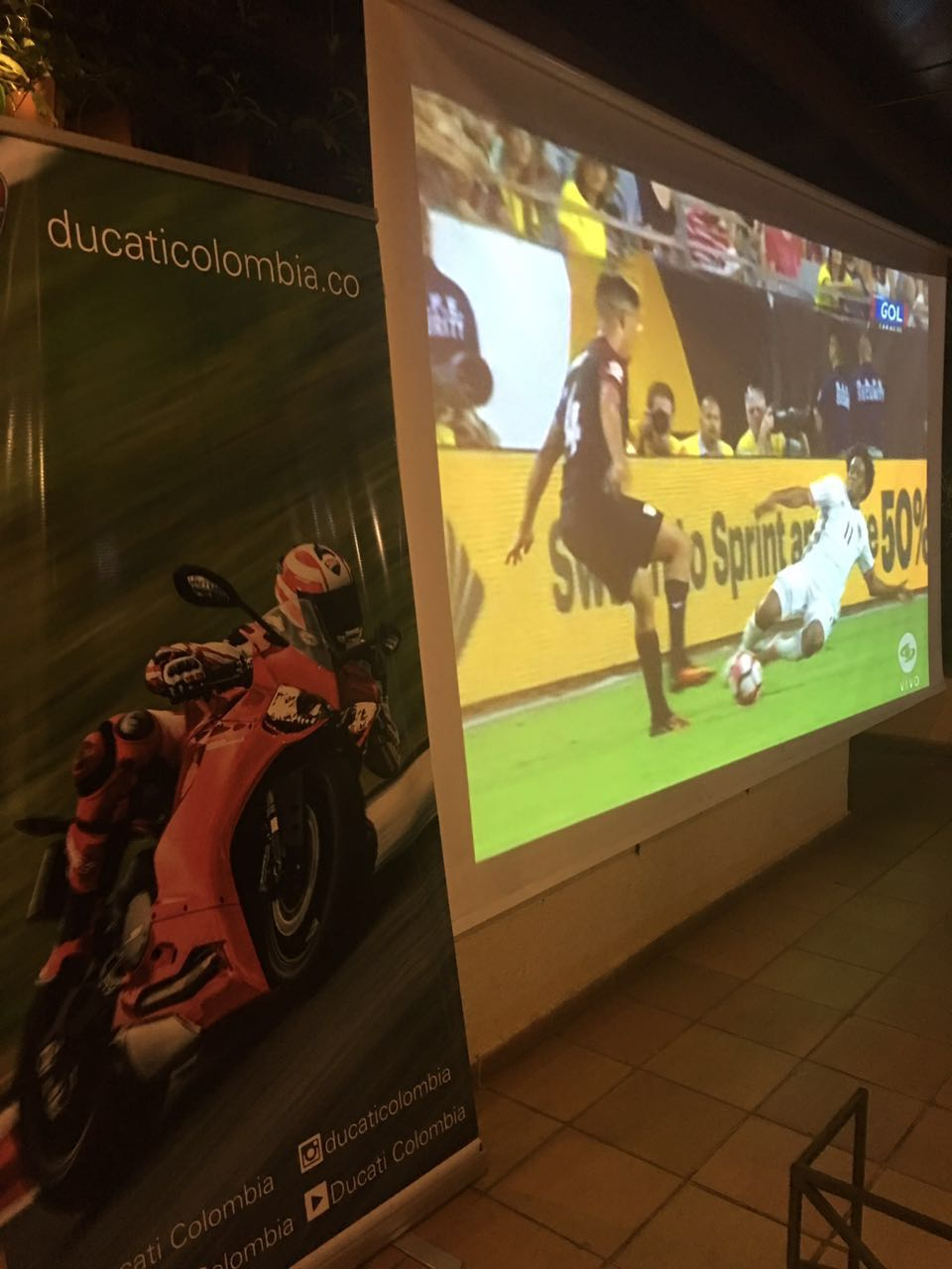 Combinacion de formas de recreacion: Ducati y Futbol
